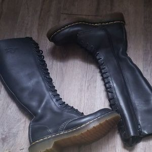 Doc martens dr. knee high tall boots 6